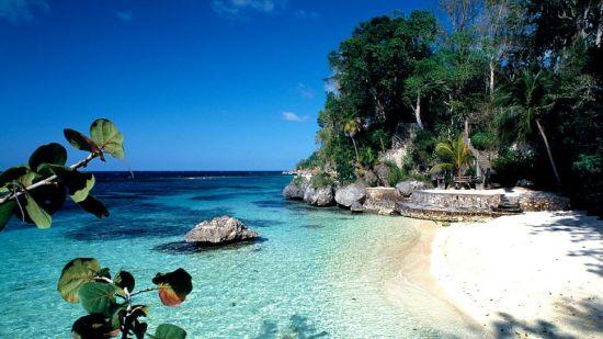 001388-10-white-sansy-beach